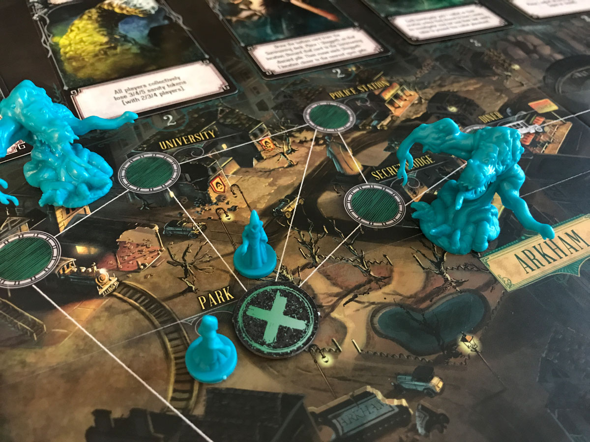 A Troubling Situation in the Town of Arkham with Pandemic: Reign of Cthulhu