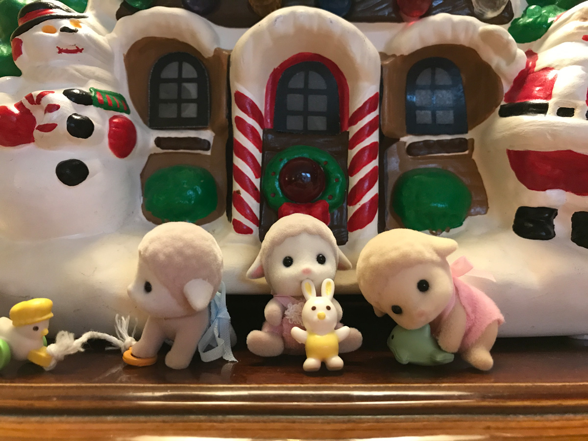 A Happy Christmas Morning for a Tiny Trio in Under the Floorboards